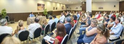 El CET asiste a la reunión del Ayuntamiento con los comerciantes