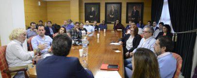 Reunion con el alcalde José Ortiz y la concejala de comercio