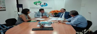 Unicaja y CET firman un convenio